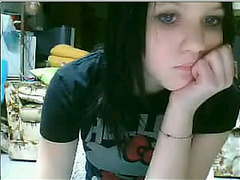 Emo girl strip on Bazoocam