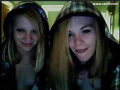 Two blonde on Cam4